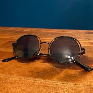 Le Specs Round Wire-Framed Sunglasses
